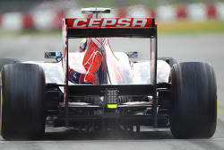 Jean-Eric Vergne, Scuderia Toro Rosso leaves the pits