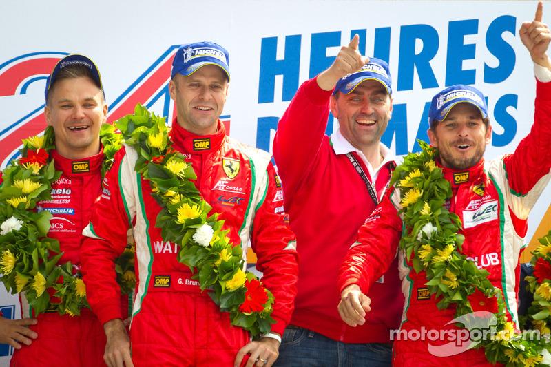 LMGTE Pro podium: winnaars in klasse Giancarlo Fisichella, Gianmaria Bruni, Toni Vilander
