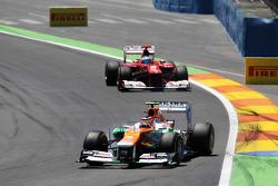 Nico Hulkenberg, Sahara Force India F1 leads Fernando Alonso, Ferrari