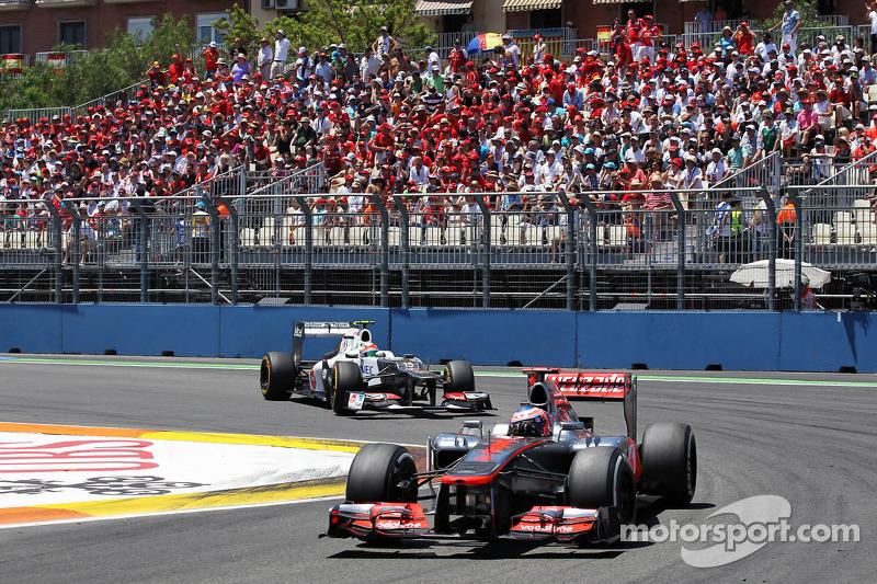 Jenson Button, McLaren Mercedes voor Sergio Perez, Sauber