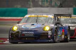 #911 Team Taisan Endless Porsche 997 GT3: Kyosuke Mineo, Naoki Yokomizo