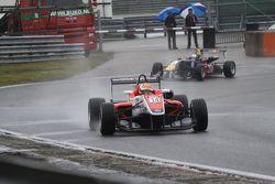 Hannes van Asseldonk, Carlos Sainz Jr