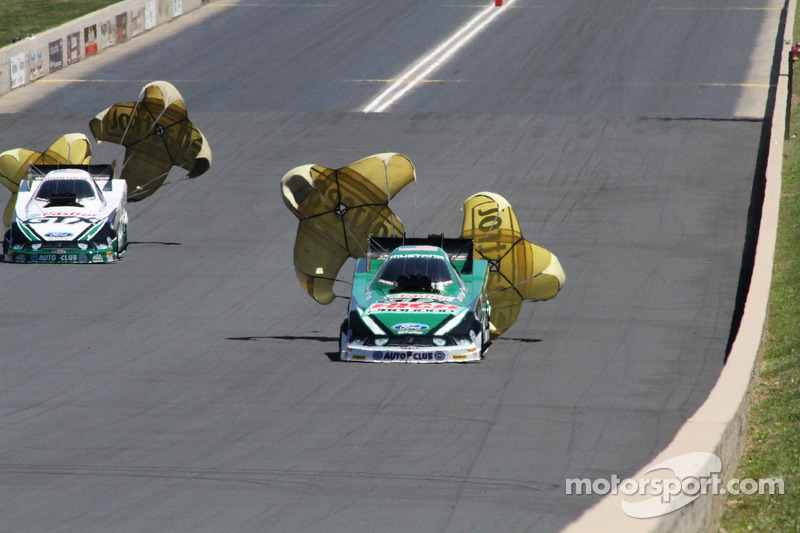 Mike Neff and John Force