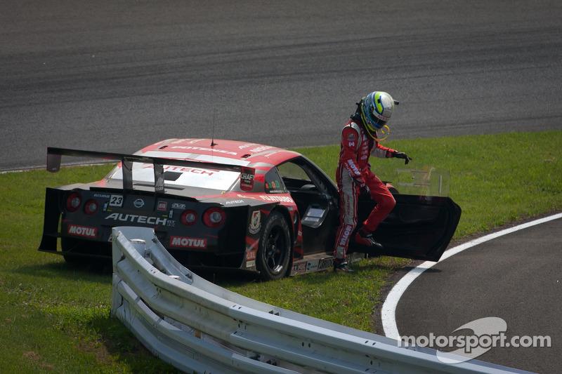 Satoshi Motoyama na crash