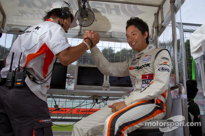 GT300 polepositie Tomonobu Fujii