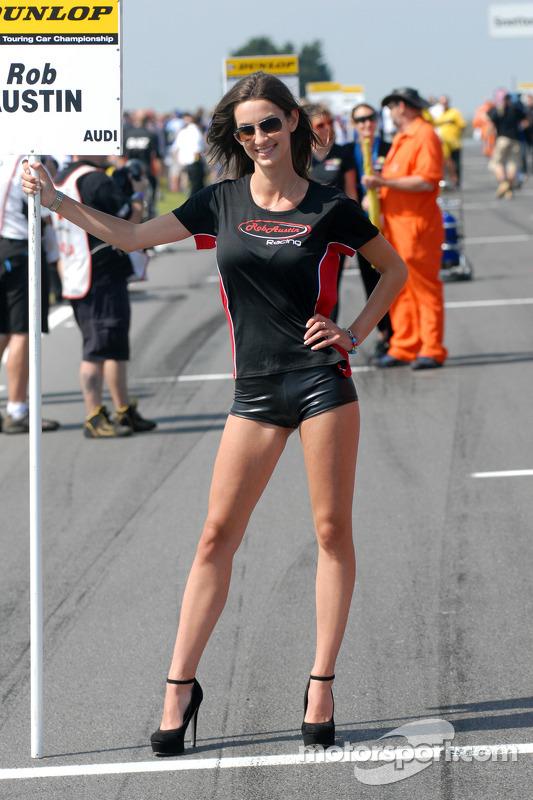 Rob Austin Racing Grid Girl at Snetterton