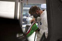 Extreme Speed Motorsports crew member