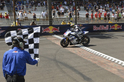 Jorge Lorenzo, Yamaha Factory Racing takes second place
