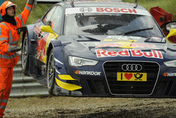 Miguel Molina, Audi Sport Team Phoenix Racing Audi A5 DTM after crash