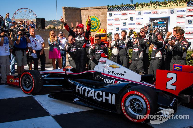 Victory lane: race winner Ryan Briscoe