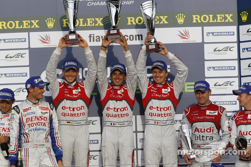 Overall podium: race winners Andre Lotterer, Benoit Tréluyer, Marcel Fässler, second place Nicolas L