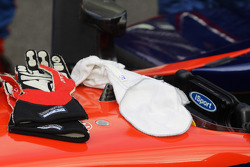Gloves of Marcus Ericsson during red flag