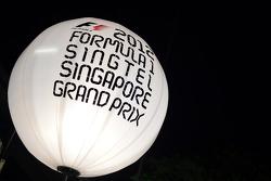 Paddock lighting balloon