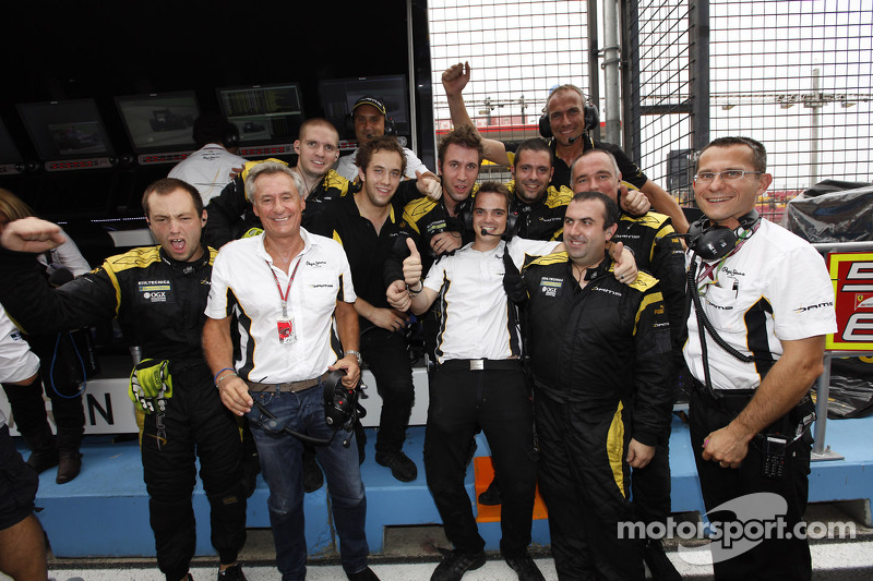 The Dams team celebrate winning the 2012 GP2 Series teams title