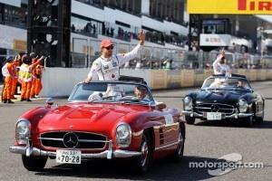 Jenson Button, McLaren and Lewis Hamilton, McLaren on the drivers parade