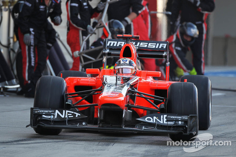 Timo Glock, Marussia F1 Team makes a pit stop
