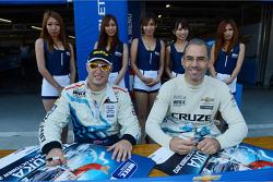 Robert Huff, Chevrolet Cruze 1.6T, Chevrolet aand Alain Menu, Chevrolet Cruze 1.6T, Chevrolet