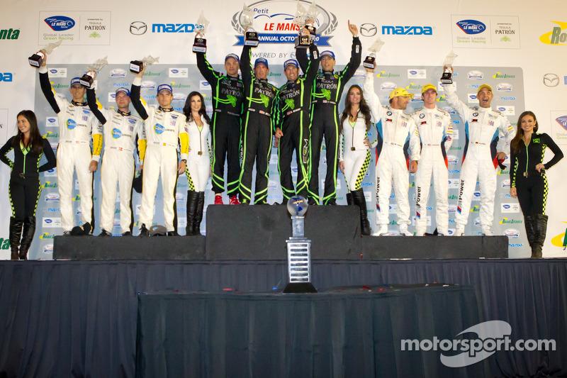 GT podium: winnaars klasse Scott Sharp, Johannes van Overbeek, Toni Vilander, 2de Jan Magnussen, Antonio Garcia, Jordan Taylor, 3de Bill Auberlen, Jorg Muller, Jonathan Summerton