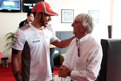 Bernie Ecclestone, CEO Formula One Group, celebrates his 82nd birthday with Lewis Hamilton, McLaren