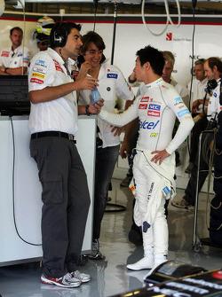 Francesco Nenci, Sauber Race Engineer with Esteban Gutierrez, Sauber Third Driver and Kamui Kobayashi, Sauber