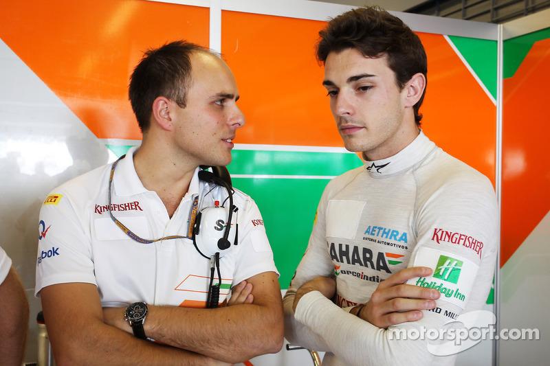 Jules Bianchi, Sahara Force India F1 Team derde rijder en Gianpiero Lambiase, Sahara Force India F1