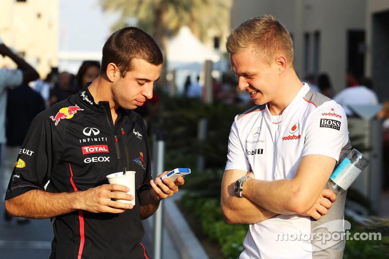 Sebastien Buemi, Red Bull Racing en Scuderia Toro Rosso Reserve Driver met Oliver Turvey, McLaren Test Driver