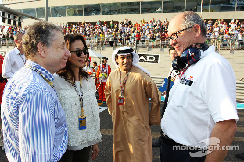 Jean Todt, FIA President and Michelle Yeoh, on the grid