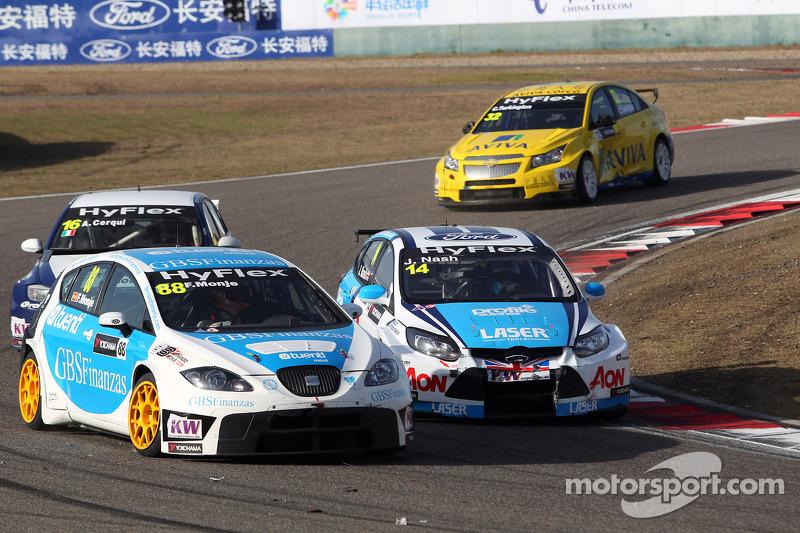 Fernando Monje, SEAT Leon WTCC, SUNRED Engineering en James Nash, Ford Focus S2000 TC, Team Aon