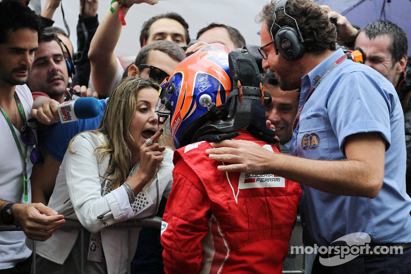 Felipe Massa, Ferrari celebrates his third position in parc ferme with wife Rafaela Bassi