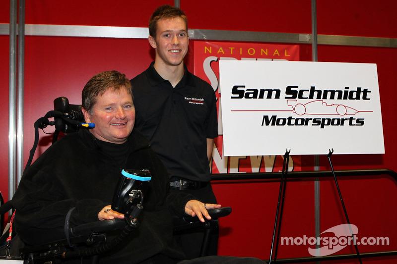 Jack Hawksworth rijdt voor Sam Schmidt Motorsports in 2013