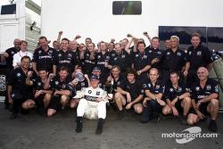 Ralf Schumacher fête la troisième place avec Williams