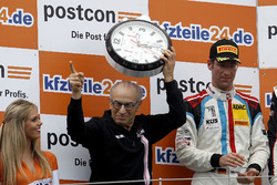Podium: Bestes Team, Peter Mücke, Mücke Motorsport