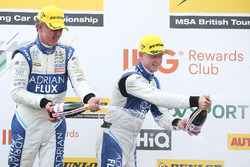 Podium: Ganador, Jason Plato, Team BMR Subaru Levorg, segundo, Ashley Sutton, Team BMR Subaru Levorg
