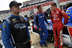 Wendell Chavous, Premium Motorsports Chevrolet eaves drops on Stewart Friesen, Elaine Larsen Motorsports Chevrolet and Christopher Bell, Kyle Busch Motorsports Toyota