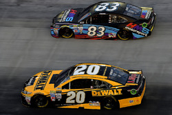 Matt Kenseth, Joe Gibbs Racing Toyota, Corey LaJoie, BK Racing Toyota