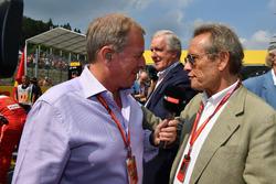 Комментатор Sky Sports F1 Мартин Брандл и Жаки Икс