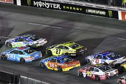 Эрик Алмирола, Richard Petty Motorsports Ford и Ти Диллон, Germain Racing Chevrolet