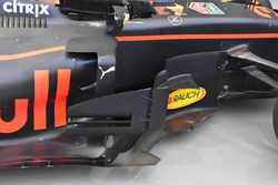 Red Bull Racing RB13, sidepods