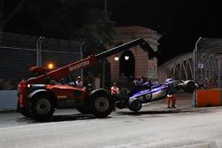 De wagen van Marcus Ericsson, Sauber C36 na crash