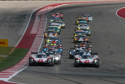 Start: #1 Porsche Team Porsche 919 Hybrid: Neel Jani, Andre Lotterer, Nick Tandy leads