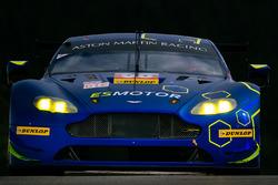 #90 TF Sport, Aston Martin V8 Vantage: Саліх Йолук, Юен Хенкі, Ніккі Тім