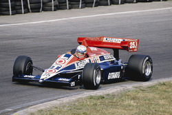 Франсуа Есно, Ligier JS23 Renault