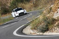 Andreas Mikkelsen, test Hyundai