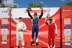 Amatör Podyum: Yarış galibi Christopher Cagnazzi, 2. Jean-Claude Saada, 3. Ross Chouest