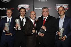 Tequila Patron North American Endurance Cup winnaars Rob Moran, Mario Farnbacher, Ben Keating, Bill Riley, Jeroen Bleekmolen