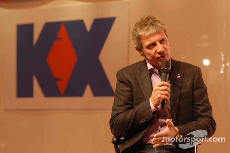 Джейсон Плейто. Международная автоспортивная выставка, Бирмингем, четверг.