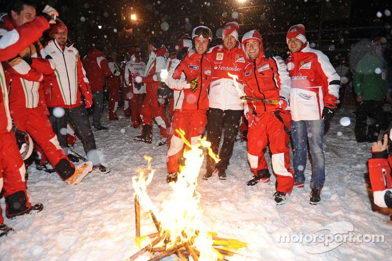 Andrea Dovizioso y Nicky Hayden, Ducati Marlboro Team y Fernando Alonso y Felipe Massa, Scuderia Ferrari