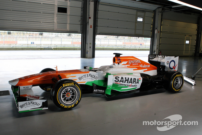 Презентация Sahara Force India VJM06, Студийная фотосессия.