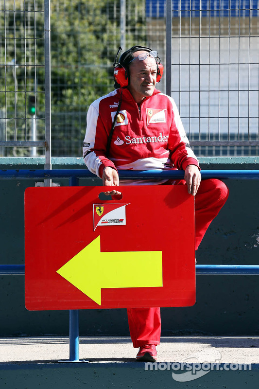 Placa de pit titular da Ferrari