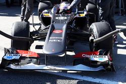 Nico Hulkenberg, Sauber C32 front wing